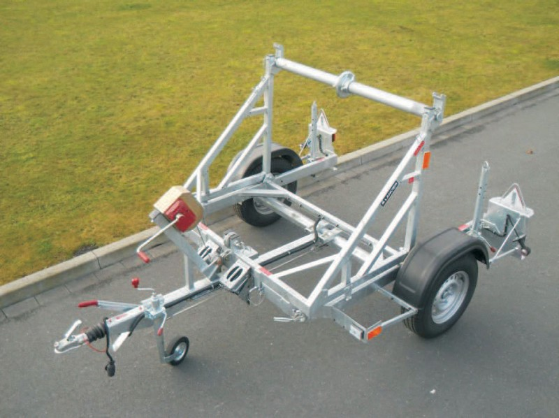 Privesny-vozik-na-odvijanie-kablovych-bubnov-K1000